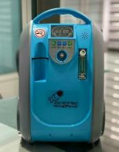 اکسیژن ساز 3 لیتری پرتابل زنیتمد سوئیس